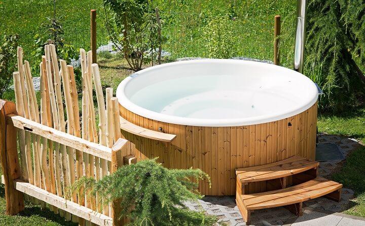 hot-tub-jpg (1)